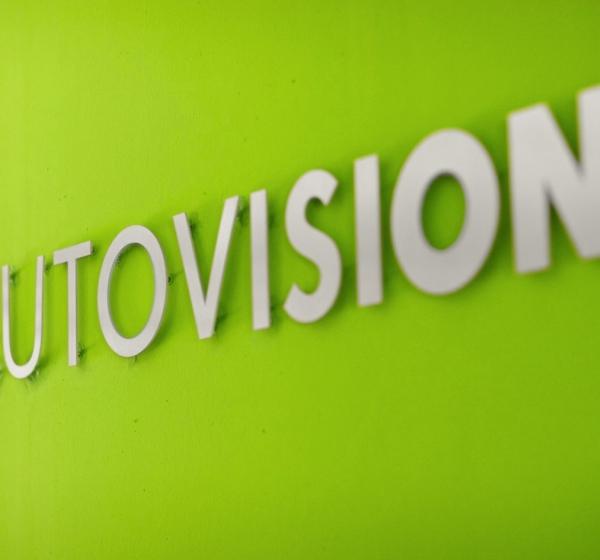 <brand>AutoVision<br></brand>Screendesign