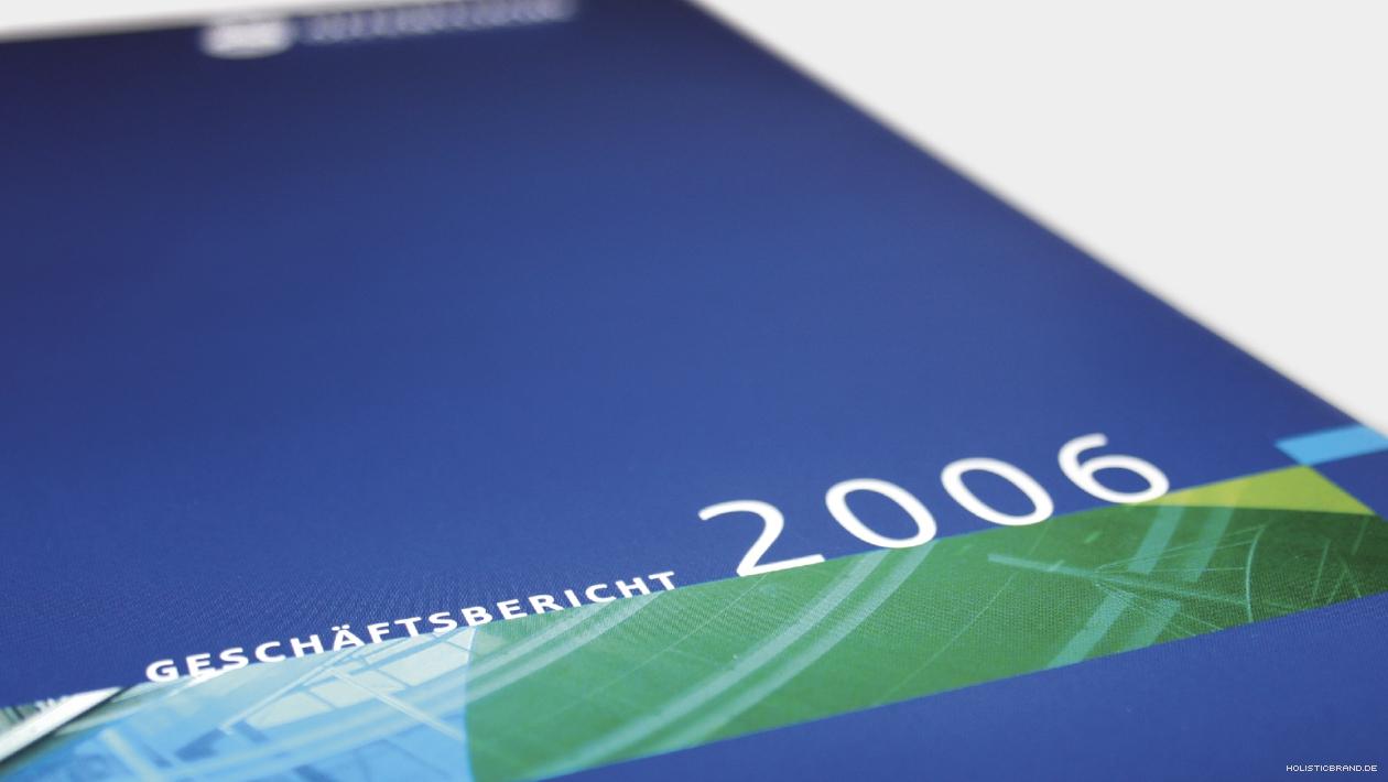 Detailfoto eines Geschäftsberichtstitels