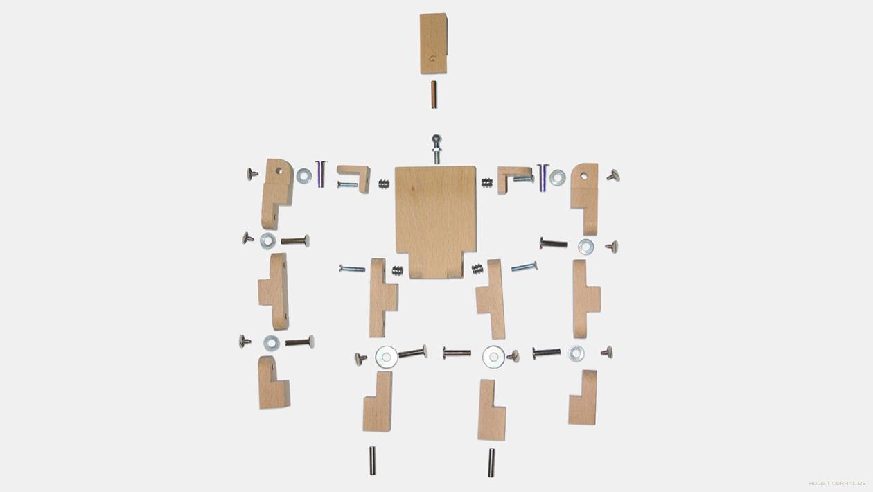 Stop-Motion-Puppe aus Holz in Einzelteile zerlegt